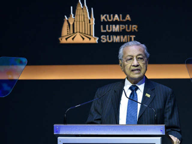 Too small to fight against India: Malaysian PM
