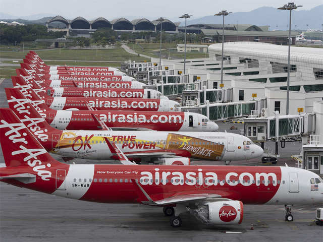 AirAsia offers 50k seats without base fare to doctors